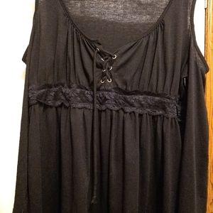 Women's XL cold shoulder top long sleeved